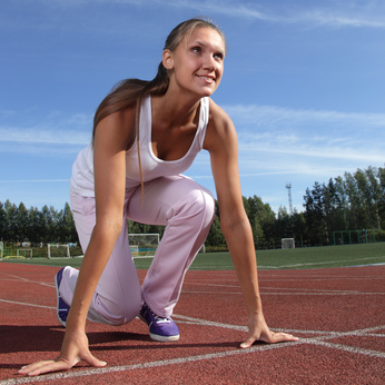 beauty girl run outdoors © Chepko Danil - Fotolia.com